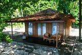 Molukken - Sali Bay - Beachfront Villa