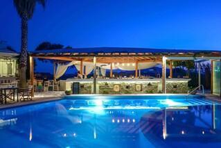 Naxos - Alkyoni Beach Hotel, Poolbar by night