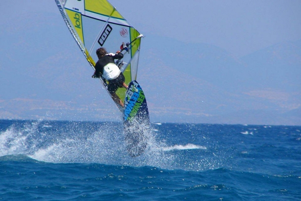 Kos Psalidi - Big Blue Surfcenter, Jump-Action