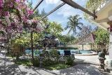 Lombok - Villa Almarik, Garten mitPool