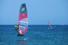 El Naaba - Tommy Friedl mit Hydrofoil