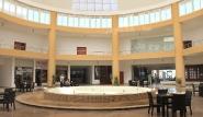 El Naaba, Three Corners Equinox, Lobby mit Geschäften