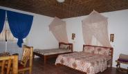 Leyte - Pintuyan Resort, Zimmerbeispiel Seaview Grande Bungalow