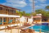 Jericoacoara - Carcara, Pool mit Blick zum Frühstücksbereich