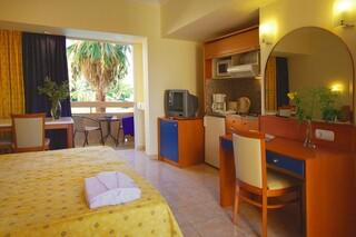 Rhodos Trianda - Sun Beach Resort, Studiobeispiel Gartenseite
