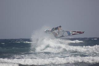Teneriffa El Medano - Surf Center Playa Sur, Jump