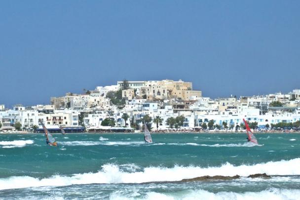 Surf Action vor Naxos Chora