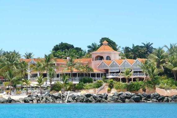 Tobago Coco Reef, Blick vom Wasser