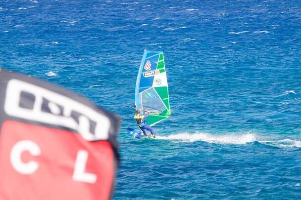 Karpathos - ION CLUB, Windsurfaction vor der Station