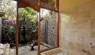 Bali - Matahari Beach Resort, Dusche Garden Bungalow