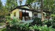 Nordsulawesi - Murex Manado Dive Resort, Bungalow im Garten (Beispiel)