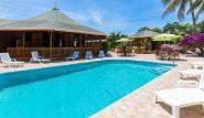 Tobago - Shepherd`s Inn, Pool mit Liegen