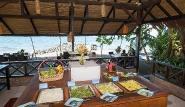 Nordsulawesi - Murex Manado Dive Resort, Mittagsbuffet