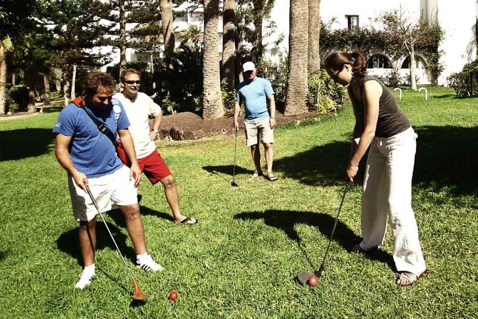 Fuerteventura - ROBINSON Club Jandia Playa, Golfübung in der Hotelanlage