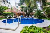 The Bric Hotel, Pool