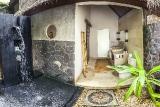 Bali-Alam-Batu,-Badbeispiel