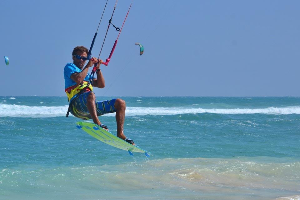 Sal - ION CLUB, Kite Jump